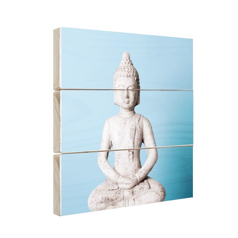 Witte Boeddha met blauwe achtergrond Hout