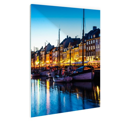 De Nyhavn by night op glas
