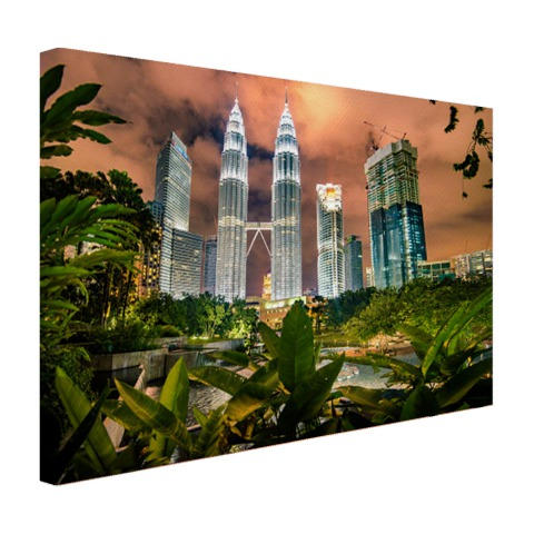Petronas Towers by night op canvas