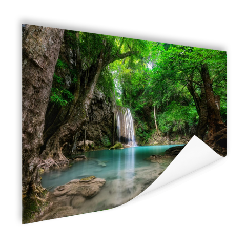 Erawan Waterval in jungle Thailand foto Poster