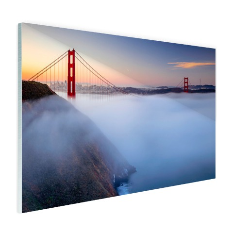 Golden Gate Bridge in de mist op glas